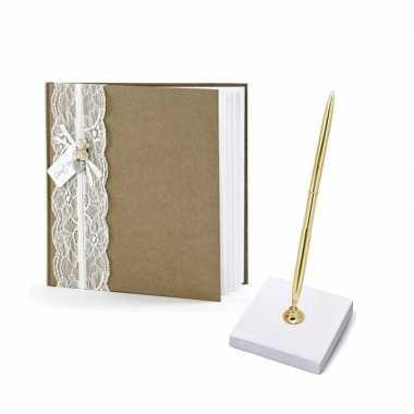 Bruiloft gastenboek vintage met luxe pen incl. houder