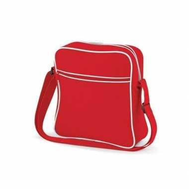 Vintage schoudertas met voorvakje rood wit