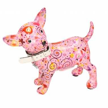 Vintage spaarpot chihuahua hond lichtroze met bloemen/hartjes/retro print 21 cm