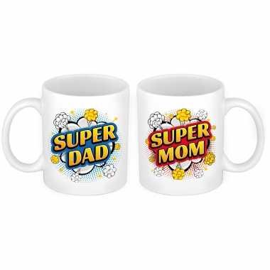 Vintage super dad en mom cartoon mok - cadeau beker set voor papa en mama