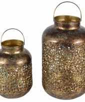 Vintage set van 2x metalen lantaarns windlichten goud 23 en 32 cm